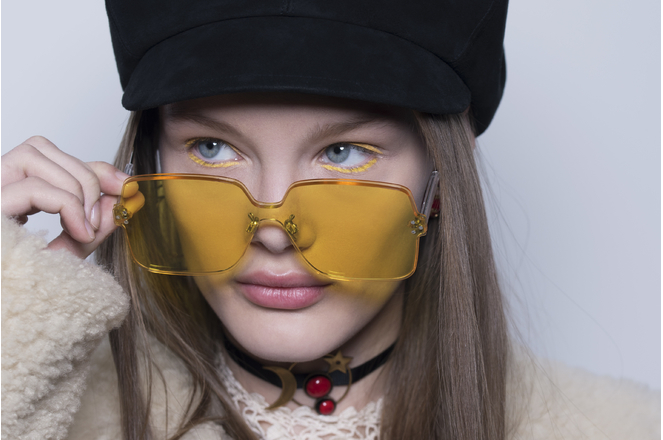 fashion_week_paris_christian_dior_makeup_automne_hiver_2018_2019_3208.jpeg_north_663x_white